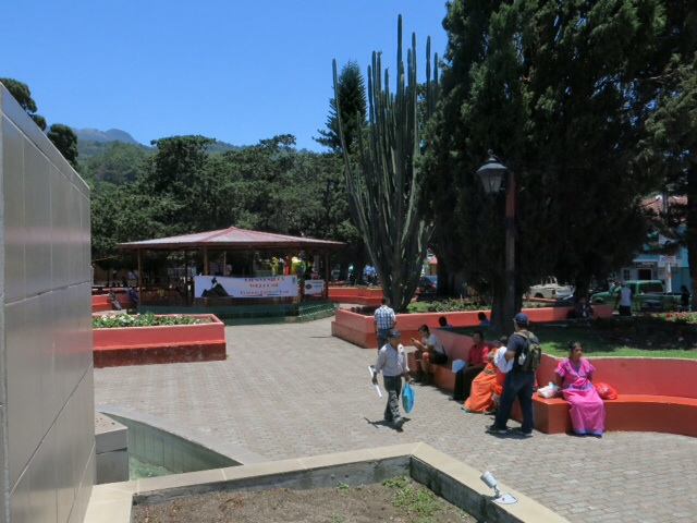 The concrete plaza in Boquete