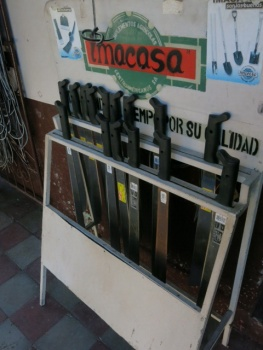 Machetes for sale in Alto Garcia