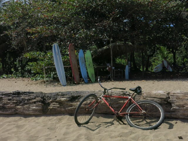 Surfboards and bike - Puerto Viejo in a nutshell