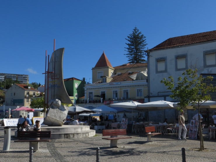 Square in Cacilhas