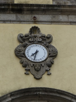 24 hour clock in Barcelos