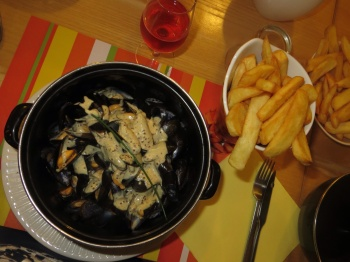 Moules frites for dinner!