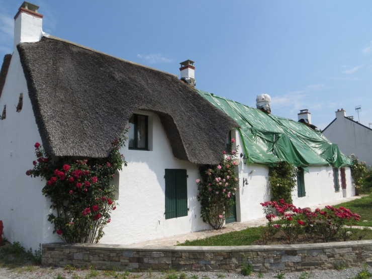 Thatched cottages in La Biere National Park