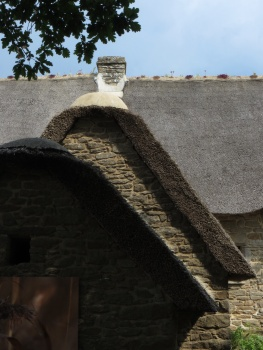 Thatched roofs in Kerhinet