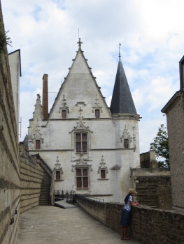 Along the ramparts of the chateau in Nantes