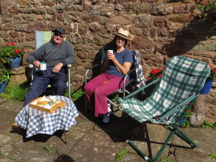 The gardeners having a tea break