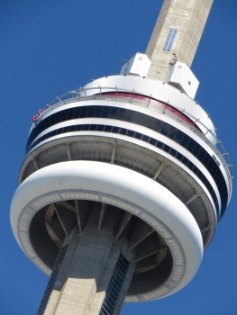 Spot the Edgewalkers in orange suits on CN Tower!