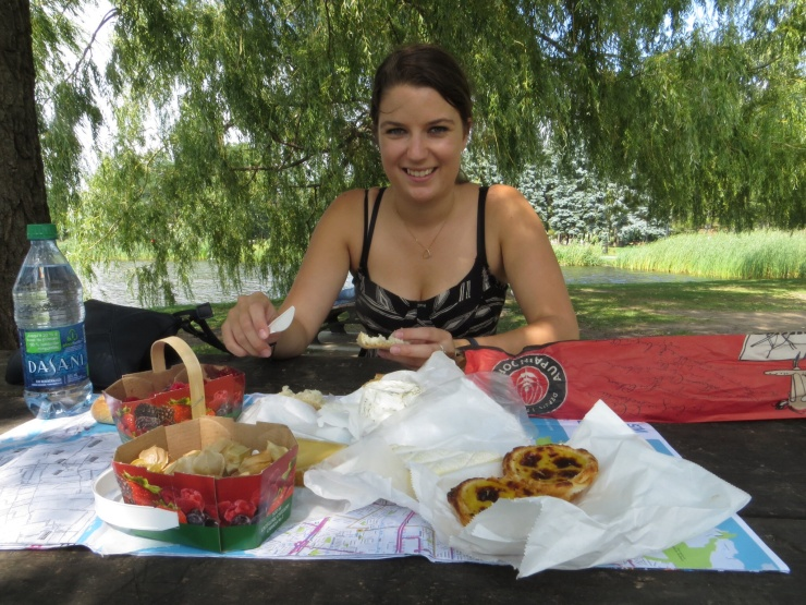 Robyn and our picnic in the park