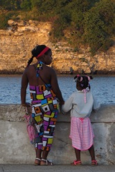 Mother and daughter on the Malecon