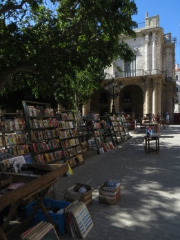 Book stalls in Plaza de Armas