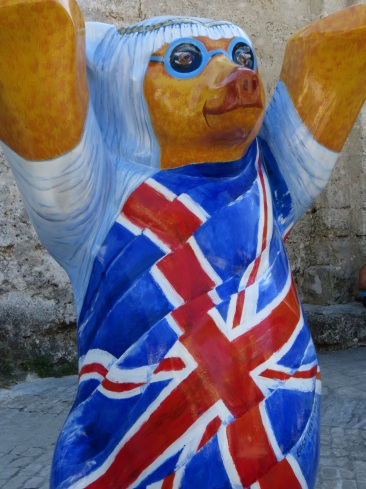 No prizes for guessing which country this bear represents!