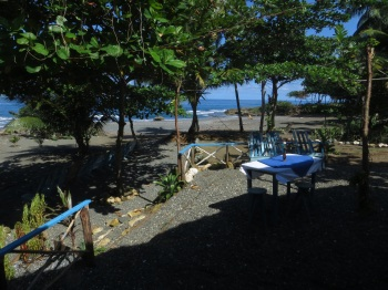 Our lunch cafe at the beach