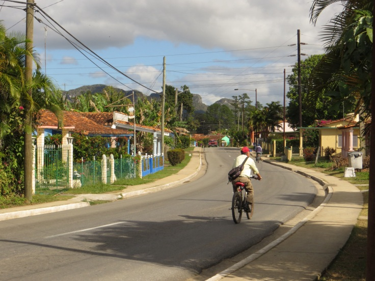 Road into Vinales