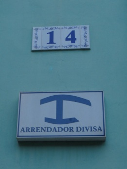 The symbol at the bottom denotes tourist accommodation