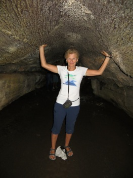 Holding up the lava tunnel