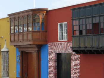 Different architectural styles in Trujillo