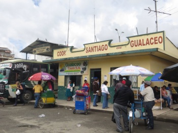 Vendors at Gualaceo bus station