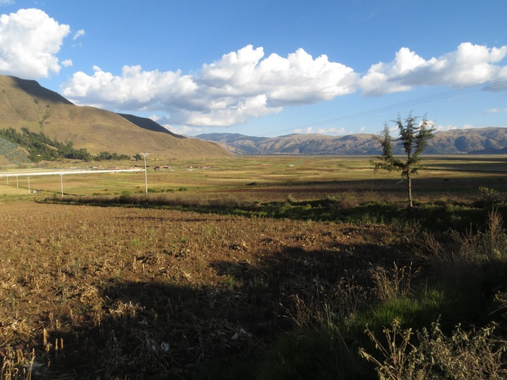 The agricultural plain outside Huaracondo