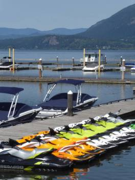 On the jetty at Salmon Arm