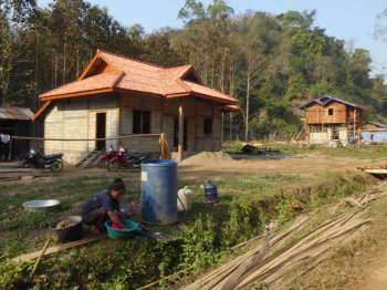 Khmu houses being built