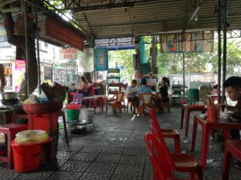 Lunchtime 'food court'
